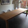uitschuifbare houten tafel