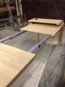 uitschuifbare houten eettafel